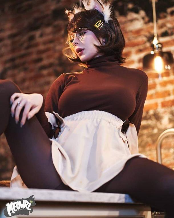 国外美女Coser性感美图欣赏 身材火辣风格超大胆