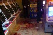 街机厅玩《拳皇97》引发真人对战 血流满地